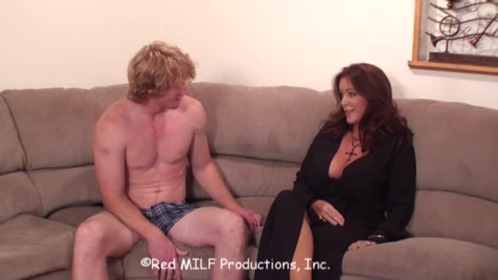 Табу порнофильм секс с мамой