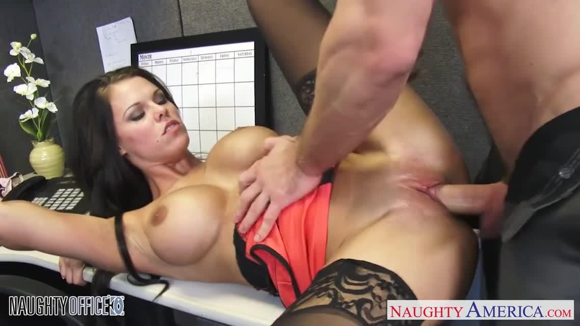 porno-shd-brazers-v-ofise