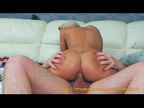 Amazing hot chick do Blowjob and ride on big dick